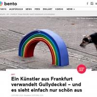 https://www.bento.de/art/frankfurt-dieser-kuenstler-macht-gullydeckel-zu-kunstwerken-a-fb68e990-07d1-4700-bdaa-c2891ce75986